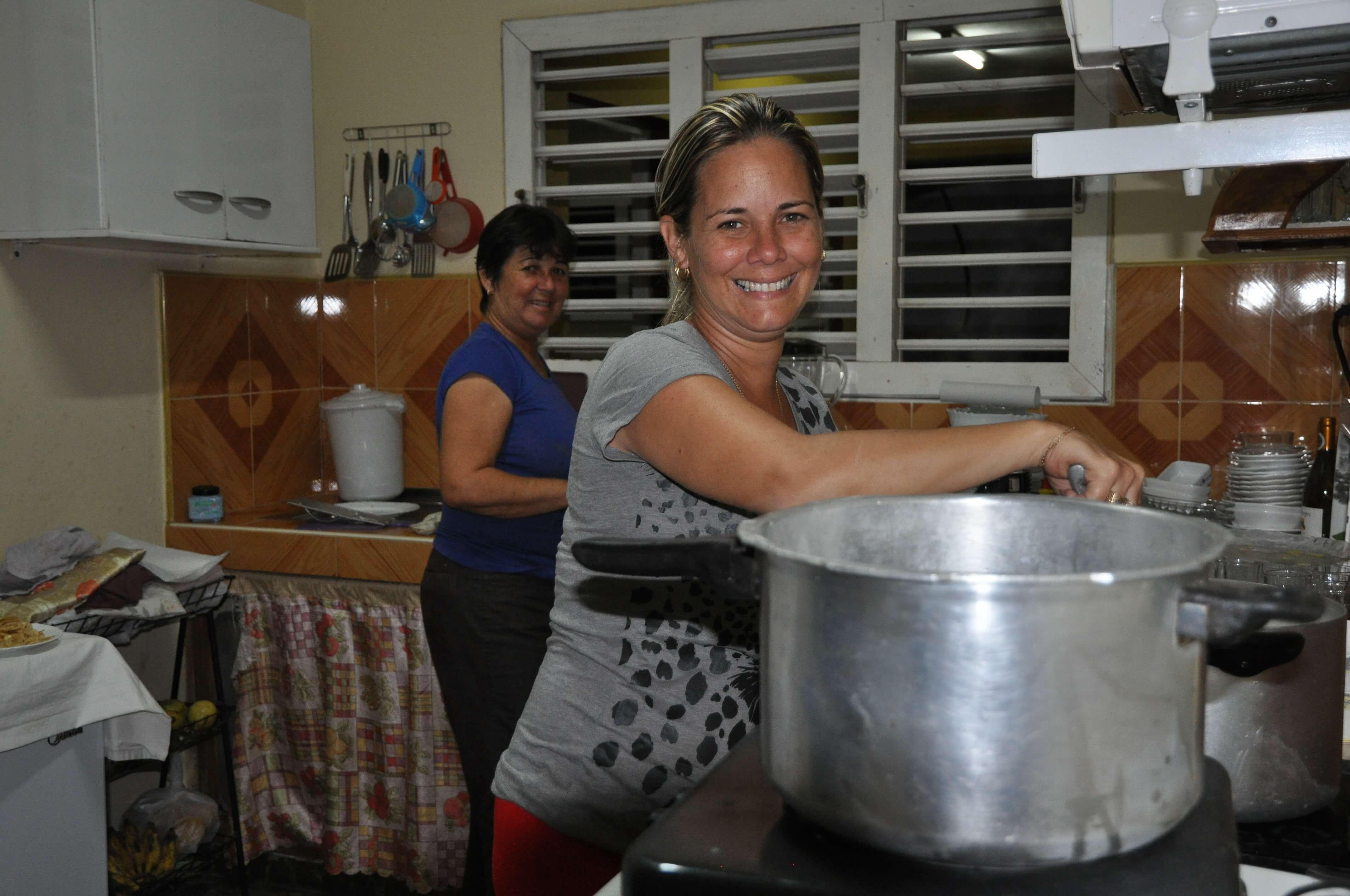 Juana & Jainet versorgen ihre Gäste stets mit den leckersten kubanischen Gerichten.