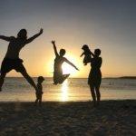 Wir stellen uns vor. Unsere Familie auf Kuba. Yoga Fans, Weltenbummler